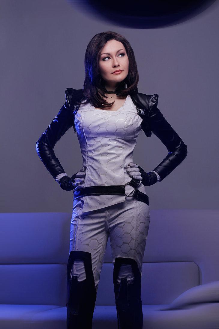 mass_effect___miranda_lawson_cosplay_by_monoabel-d6xx69u