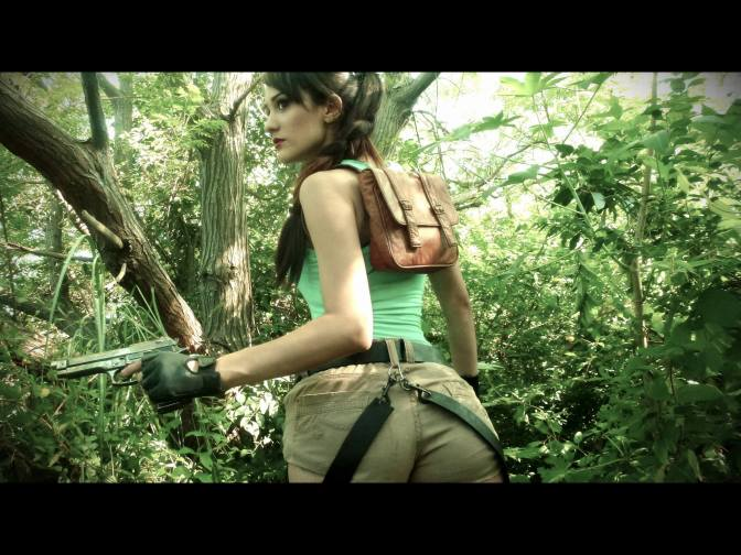 :-) Cosplay Tomb Raider, Lara Croft by the gorgeous @Sophie_Cosplay
