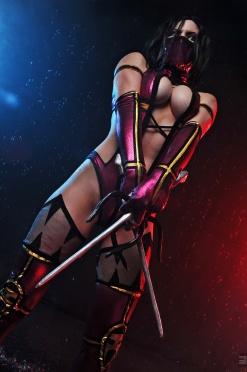 Mileena Mortal Kombat 9 cosplay by AsherWarr