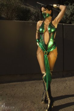 Mortal Kombat 9 - Jade by DawnArts - Photo by Hidrico